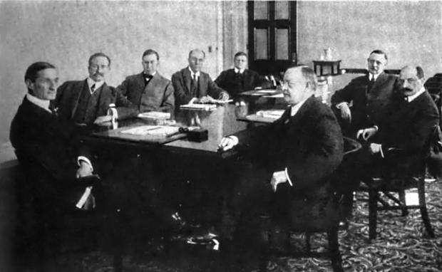 The original members of the Federal Reserve Boards, four years after it's creation in 1913. Image courtesy of Wikipedia.org